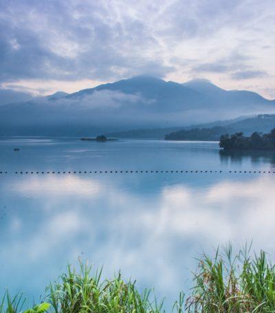 lake-5011715_1920